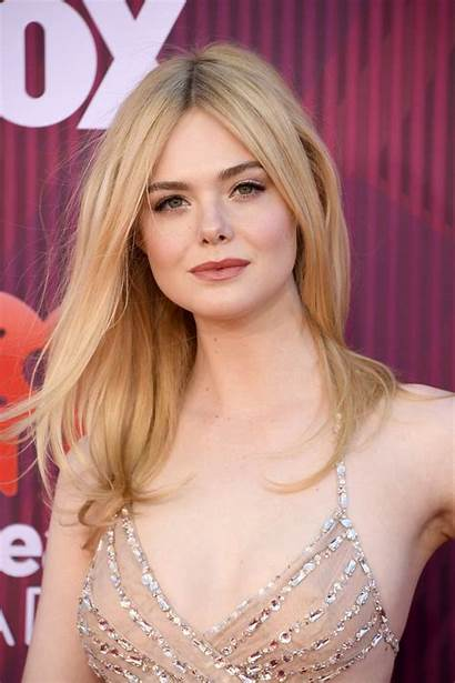 Fanning Elle Awards Angeles Iheartradio Attends Theater
