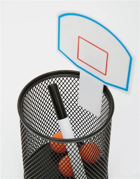idées cadeaux vide poches de bureau panier de basket
