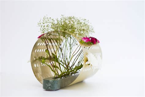 Japanese Flower Vase Ikebana by Japanese Ikebana Inspired Vases That Create Unique Floral