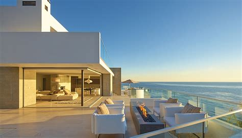 the house with a view incredible beach house in california brings the ocean indoors