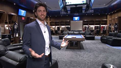 dansby swanson tours   braves clubhouse youtube