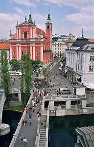 Prešernov trg square » Visit Ljubljana