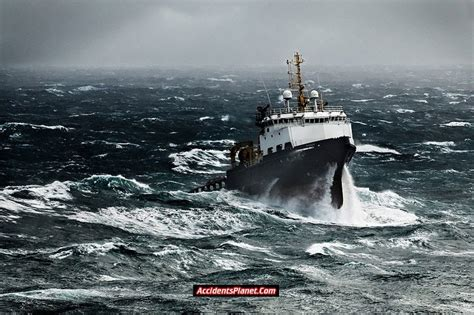 Ship Accident by Reviews About Ship Accidents Legender