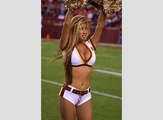20 Cheerleader Wardrobe Fails You Won't Believe… – Page 20