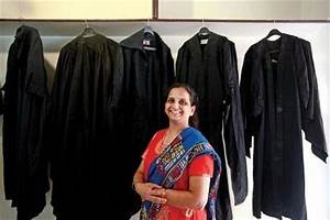 Why do lawyers wear black gowns? - Quora
