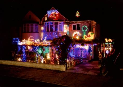 whole house christmas lights christmas lights at croxley green raise 60k since 1978