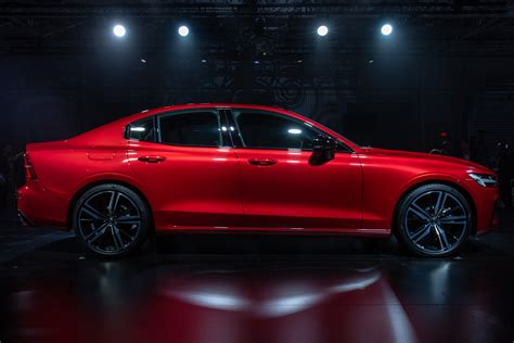 volvo  officially debuts swedish style meets
