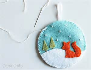 deer and fox felt ornaments cutesy crafts