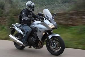 Honda Cbf 1000 F : essai complet honda cbf 1000 f moto revue ~ Medecine-chirurgie-esthetiques.com Avis de Voitures