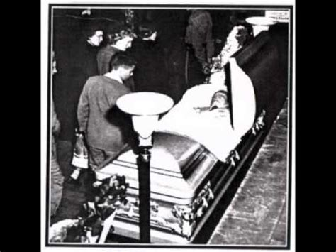hank williams funeral    youtube