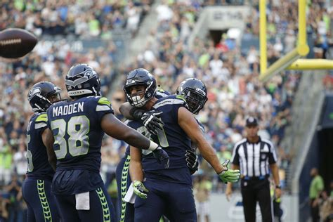 seattle seahawks lose    indianapolis colts