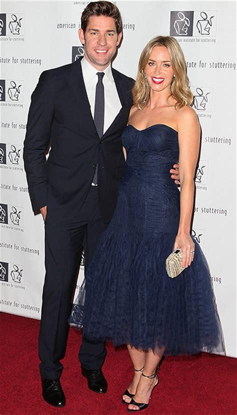 Anne hathaway ficou lisonjeada ao ser comparada com a advogada amal clooney, mulher do ator george clooney. George Clooney and his girlfriend Amal Alamuddin enjoy ...
