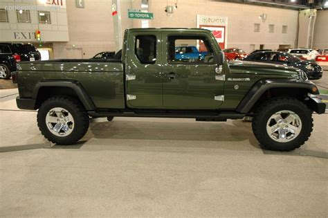 jeep concept truck gladiator 2005 jeep gladiator concept image https www conceptcarz
