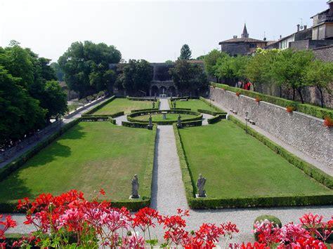 Palazzo Gonzaga Volta Mantovana by Da Vedere Tra La Pieve Di Cavriana E Goito In Cammino
