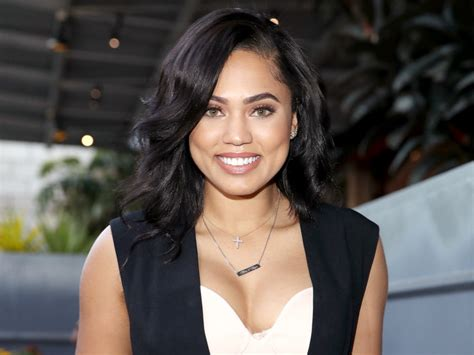 Ayesha Curry Just Became A Covergirl Spokesperson