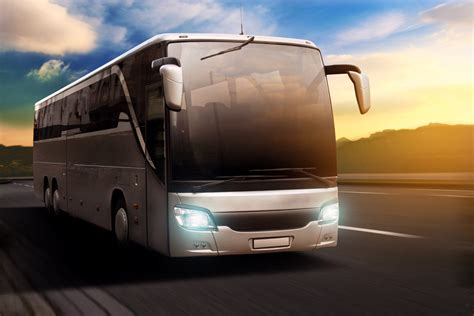 buses     top ways  travel find houston tours