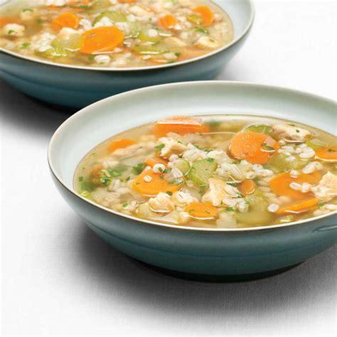 orge recettes cuisine soupe réconfortante à l 39 orge et au poulet ricardo