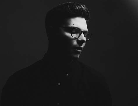 kevin garrett news metrolyrics