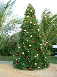 giant commercial grade christmas trees large artificial christmas trees