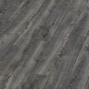 Parquet Stratifié Noir : sol stratifi parquet ch ne highland noir flottant ~ Edinachiropracticcenter.com Idées de Décoration