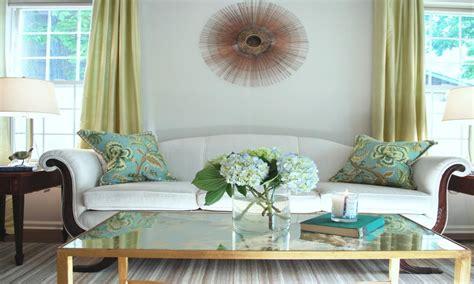 Home Decor For Small Homes Hgtv Apartment Living Room