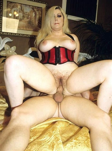 Teasing Hairy Twat Bigtit Blonde Babe Rides A Hard Cock