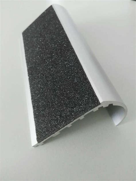arrondi profil 233 s en aluminium nez de marche d escalier marches pour escalier arrondi pi 232 ces d