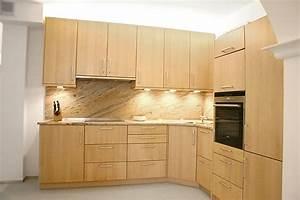 Moderne Küchen Aus Massivholz : kornm ller musterk che moderne l k che aus massivholz ausstellungsk che in f rstenfeldbruck von ~ Sanjose-hotels-ca.com Haus und Dekorationen