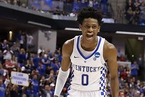 De'Aaron Fox visits with the Kings - Sactown Royalty