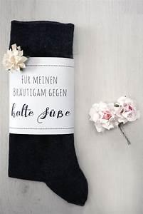 Geschenk Zum Standesamt : die 25 besten ideen zu polterabend geschenk auf pinterest polterabend geschenke ~ Eleganceandgraceweddings.com Haus und Dekorationen