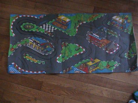 tapis de voiture en mousse majorette 110 x 53 cm 5 euros