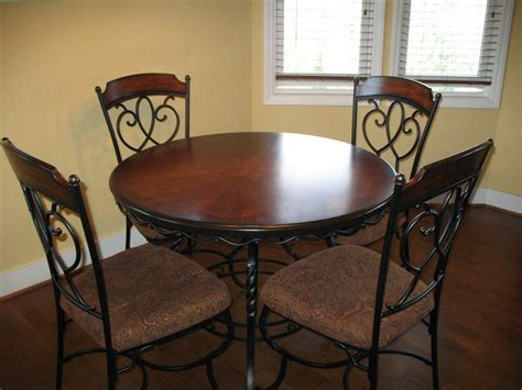 Table Sets Wrought Iron by Images Of Dining Table And Chairs Wrought Iron Corner