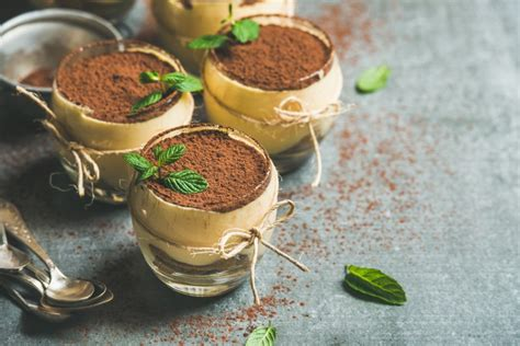 If you're thinking, weren't tiramisu oreos already out? as the post describes, the italian dessert flavor might look familiar because a similar version of this product ( tiramisu oreo thins ) came out overseas a few years back. Tiramisu Desserts with Conker Coffee Liqueur