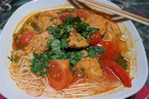 cuisine vietnamienne recette cuisine vietnamienne bun riu soupe au crabe