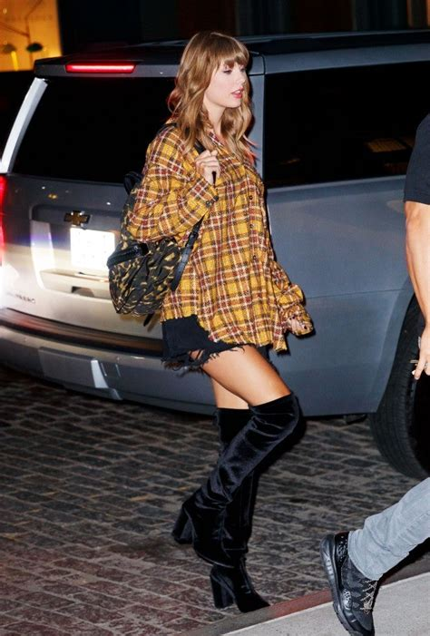 Taylor Swift Can't Stop Wearing Boots and It's Making Us