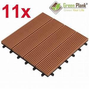 Wpc Klick Fliesen : green plank 11 st ck 0 99 m wpc klick fliesen 30x30 cm mittelbraun ~ Markanthonyermac.com Haus und Dekorationen