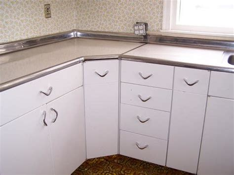 youngstown kitchen cabinets by mullins youngstown cabinets forum bob vila 1994