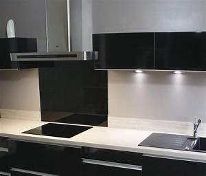 Fond De Hotte Verre : cr dence en verre tremp et laqu brillant cuisines laurent ~ Dailycaller-alerts.com Idées de Décoration
