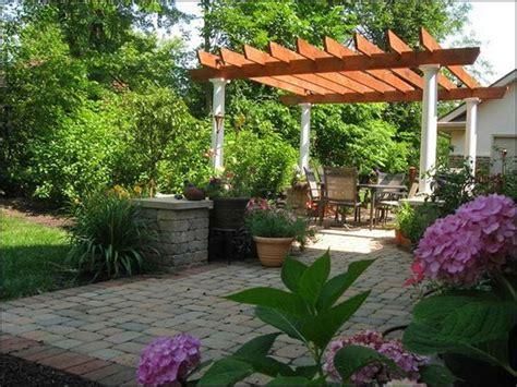Backyard Patio Landscaping by Small Florida Backyards Simple Backyard Patio Designs