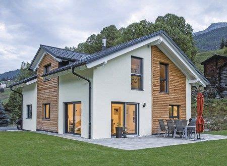 Einfamilienhaus Energiesparende Holzfenster by Ein Fertighaus Weberhaus In Den Schweizer Alpen
