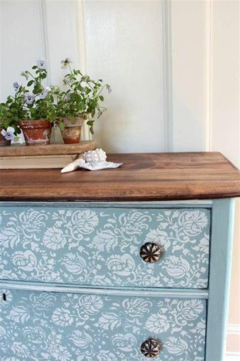 cuisine en bois h黎re repeindre meuble de cuisine en bois ohhkitchen com