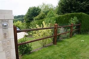 awesome barriere en rondin de bois 8 cloture julienjpg With maison en rondin prix 16 haut vent bois pas cher