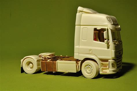 "Dutch Truck ""cf"" (euro6). Resin Kit"