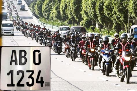 New Law Requires Bigger, Color-coded Motorcycle Plates