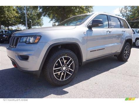 jeep trailhawk blue 2017 true blue pearl jeep grand cherokee trailhawk 4x4