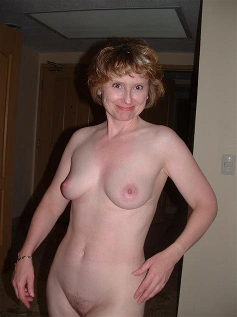 Tracy A mature american Redhead Shows Off… mature porn Photo