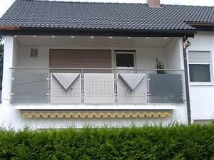 Glas Für Balkongeländer : balkongel nder mit glas lochblechkombination hermann g tz metallbau edelstahldesign ~ Sanjose-hotels-ca.com Haus und Dekorationen