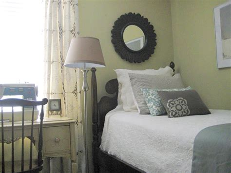 desk ideas  small bedrooms teen bedroom colors