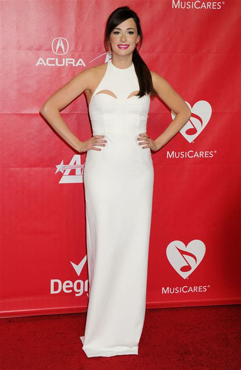 country singer kacey musgraves peanut chuck