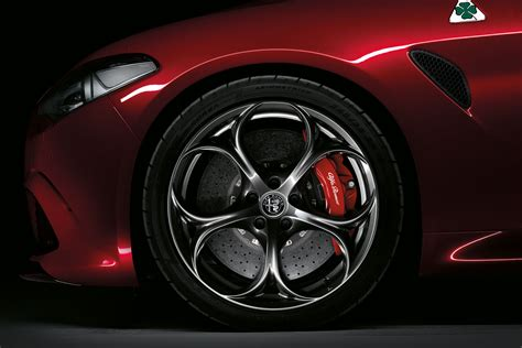 alfa romeo giulia quadrifoglio wheel car body design